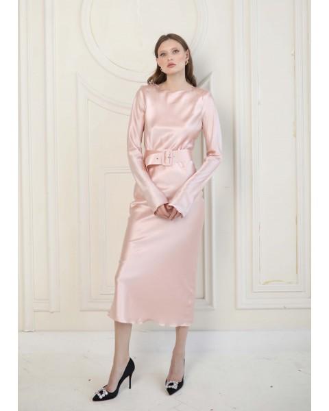 Сукня шовкова з поясом пудрова