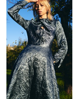 Front knot dress sea wave