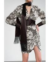 Сукня з декоративними елементами з еко-шкіри