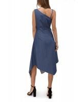 Асиметрична сукня з вшитим поясом