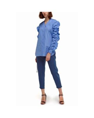 Укорочені джинси високої посадки з декоративими елементами білизни