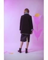 Вельветова куртка-жакет на штучному хутрі з карманами-клапанами