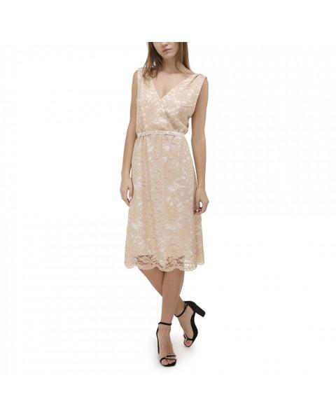 Кружевное платье с открытой спиной и вышитыми бретельками