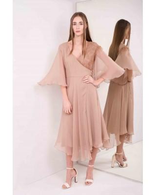 Сукня на запах з широкими рукавами, декороване мереживо
