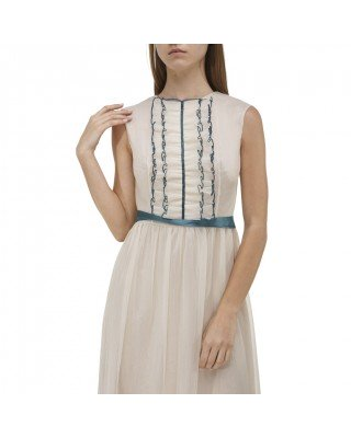 Fitted midi dress with ruffles
