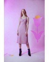 Трикотажна спортивна сукня з принтом і розрізом спереду