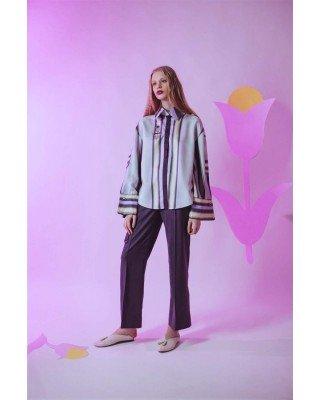 Шерстяные брюки-дудочки со стрелками и декоративными подвязками
