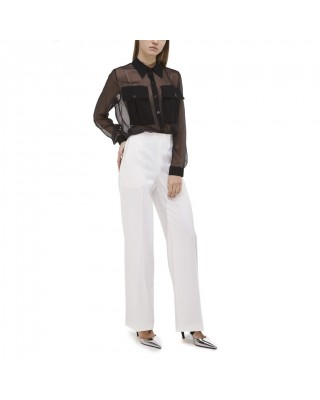 Блуза з накладними карманами